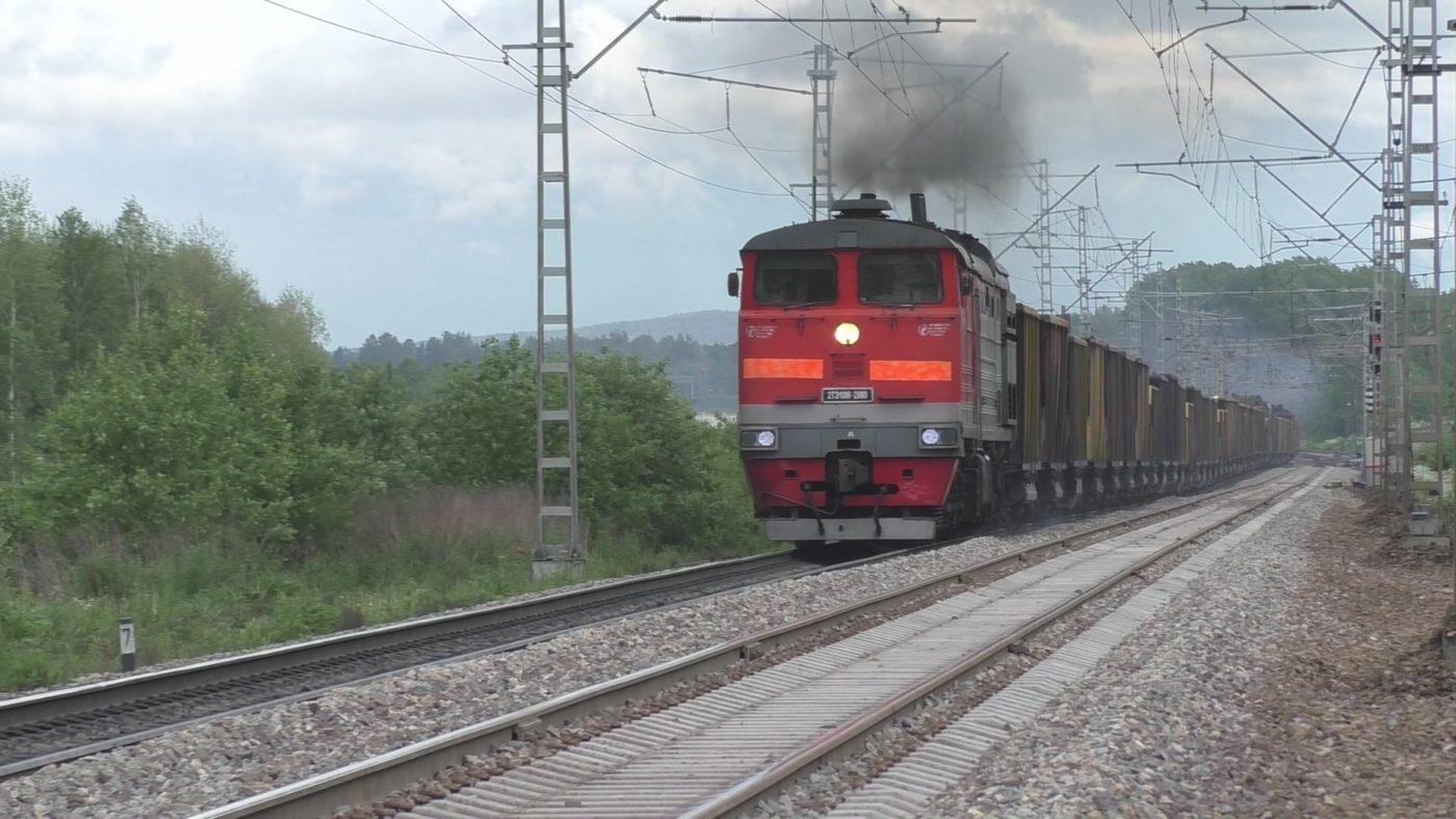 поезд тепловоз