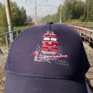 электровоз поезд кепка
